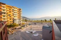 Situato a 2,1 km da Kuzum Baba e a 2,5 km da Piazza Indipendenza, il Laid Hotel di Valona offre una spiaggia privata e camere con WiFi gratuito