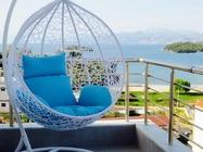 Dotato di WiFi gratuito, l'Hotel Mira Mare si trova a Ksamil, a 3,5 km dal Parco Nazionale di Butrint