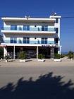 Hotel Afa si trova a Ksamil. A vostra disposizione una reception aperta 24 ore su 24 e un ristorante.