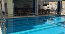 Relax Apartments Ksamil offre il WiFi gratuito, un giardino e attrezzature per barbecue.hotel a Saranda