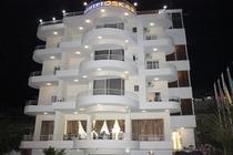 Oskar Hotel  a Saranda , Prenota con bookingalbania.net