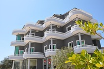 Hotel Villa Qendra a Ksamil.Vacanze In Albania.Booking Albania Ksamil Da 12 Euro